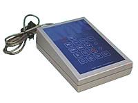 Pult-Gehäuse GH02KS010, kundenspezifisch bearbeitet, SILVERlook, mit Tastatur und Controller